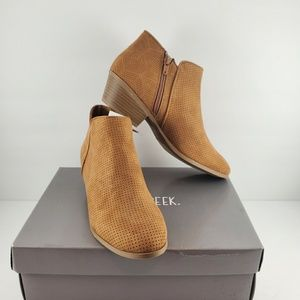 Falls Creek ankle boots